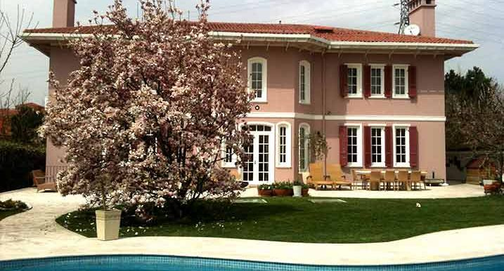 villa in istanbul for sale